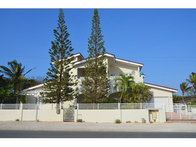 Casa Unifamiliar for sales at 'sGravendeel Villa Malmok, Aruba Aruba