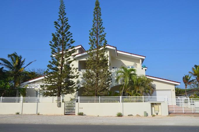 Casa para uma família for sales at 'sGravendeel Villa Malmok, Aruba Aruba