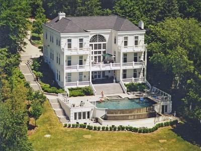 独户住宅 for sales at Clarkston 7043 Hillside Clarkston, 密歇根州 48346 美国