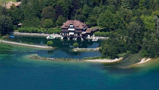Altro tipo di proprietà for sales at Extremely rare property at the water's edge with p  Prangins, Vaud 1197 Svizzera