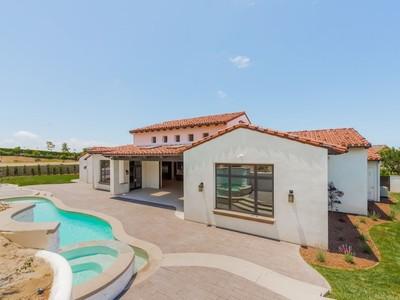 獨棟家庭住宅 for sales at 12471 Carmel View North  San Diego, 加利福尼亞州 92130 美國