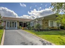 独户住宅 for sales at 114 Deerfield Ln.    Aberdeen, 新泽西州 07747 美国