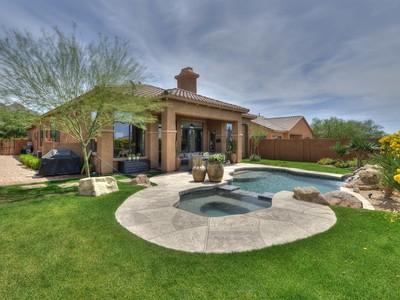 Частный односемейный дом for sales at Lovely & Elegant North Scottsdale Home 17662 N 99th Place  Scottsdale, Аризона 85255 Соединенные Штаты