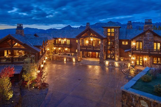 Maison unifamiliale for sales at Belz Chateau 5 Lone Camp Road   Big Sky, Montana 59716 États-Unis