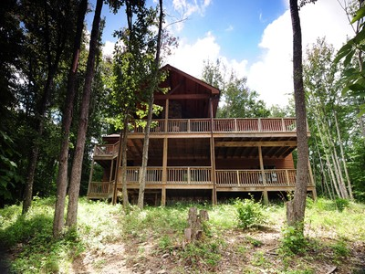Single Family Home for sales at The Cabin at Chestnut Falls 715 Buckeye Ridge Road Beech Mountain, North Carolina 28604 United States