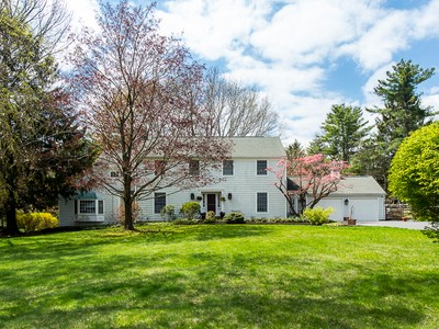Maison unifamiliale for sales at Paradise Found - Montgomery Township 186 Fairview Road Skillman, New Jersey 08558 États-Unis