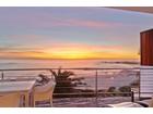"""アパート for sales at """"SEASONS FIND"""" sensational beach front apartment  Cape Town, 西ケープ 8005 南アフリカ"""