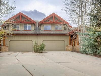 콘도미니엄 for sales at Silver Springs 3 Bed Townhome allows nightly rentals 1382 W Meadow Loop Rd Park City, 유타 84098 미국