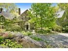 Casa para uma família for  sales at Wildwood 360 Pea Pond Road  Katonah, Nova York 10536 Estados Unidos