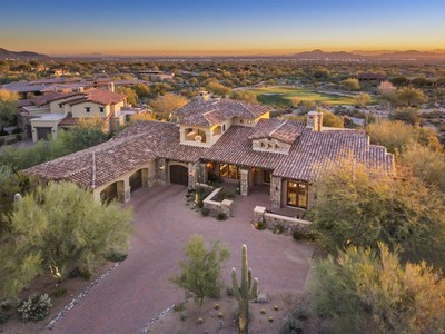 Casa para uma família for sales at Unbelievable Opportunity to Live in DC Ranch Country Club with Fabulous Views 9290 N Thompson Peak Pkwy #469 Scottsdale, Arizona 85255 Estados Unidos