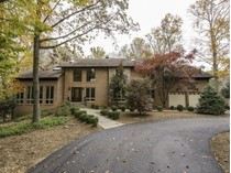 Einfamilienhaus for sales at 7560 Potomac Falls Rd 7560 Potomac Fall Rd   McLean, Virginia 22102 Vereinigte Staaten