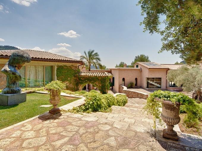 Mehrfamilienhaus for sales at Einzigartige mediterrane Naturstein-Finca   Bunyola, Mallorca 07110 Spanien