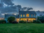 Maison unifamiliale for  open-houses at Private Hilltop Setting 94 East Charlton Road Spencer, Massachusetts 01562 États-Unis