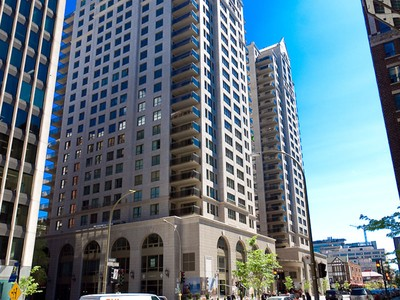 Condominio for sales at Montréal   Downtown 1200 Boul. De Maisonneuve O., app. 9C   Montreal, Quebec H3A0A1 Canada