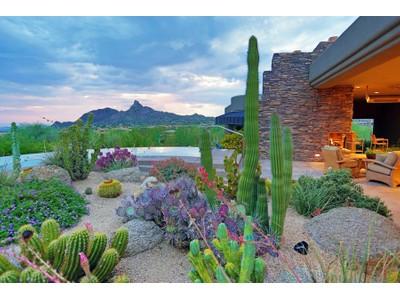 단독 가정 주택 for sales at Gorgeous Soft Contemporary In Guard Gated Windy Walk Estates 10916 E Troon Mountain Drive Scottsdale, 아리조나 85255 미국