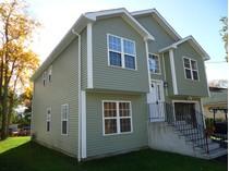 Maison unifamiliale for sales at Fantastic New Construction in Convenient Location 261 Saunders Avenue   Bridgeport, Connecticut 06606 États-Unis