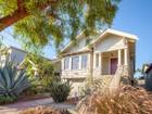 独户住宅 for  sales at Charming Craftsman 924 39th Street   Oakland, 加利福尼亚州 94608 美国