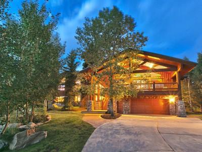 獨棟家庭住宅 for sales at Immaculate Deer Valley Estate 7835 Aster Ln Park City, 猶他州 84060 美國