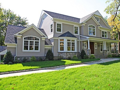 Einfamilienhaus for sales at Light-filled Colonial 131 Old Post Road  Rye, New York 10580 Vereinigte Staaten