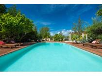独户住宅 for sales at Villa Floreat Leeward, 普罗维登夏 特克斯和凯科斯群岛