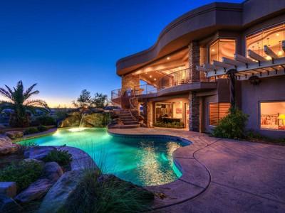 Nhà ở một gia đình for sales at Elegant Stone Cliff Estate 1826 S Rockcress Cir  St. George, Utah 84790 Hoa Kỳ