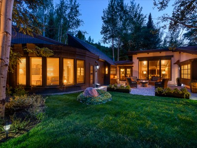 Single Family Home for  at Ski-In/Ski-Out near Vail's Gondola One 332 Mill Creek Circle Vail, Colorado 81657 United States