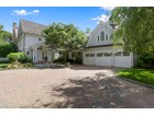 Villa for  sales at Superb Traditional 19 Bay Road   Quogue, New York 11959 Stati Uniti