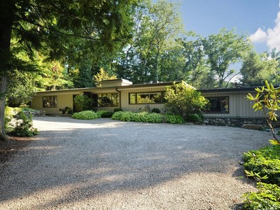 Nhà ở một gia đình for sales at Mid-Century Modern 2 Berkeley Hill  Westport, Connecticut 06880 Hoa Kỳ
