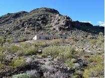 Villa for sales at Majestic Panoramas on Over 4 Acres in Paradise Valley 7550 E Hummingbird Lane   Paradise Valley, Arizona 85253 Stati Uniti