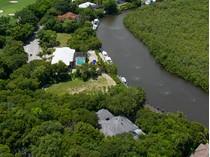 Земля for sales at Canal Front Lot at Ocean Reef 26 South Harbor Drive   Key Largo, Флорида 33037 Соединенные Штаты