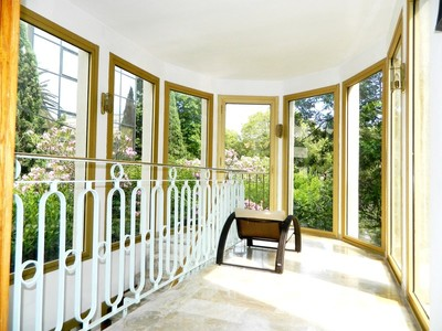 Nhà ở một gia đình for sales at Mansion - Prestigeous Address Marseille, Provence-Alpes-Cote D'Azur Pháp