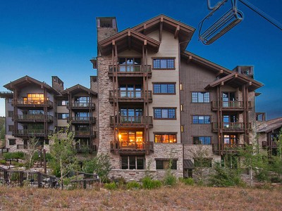 Condominium for sales at Arrowleaf 3 Bedroom Ski-in/Ski-Out 8880 Empire Club Dr #212 Park City, Utah 84060 United States