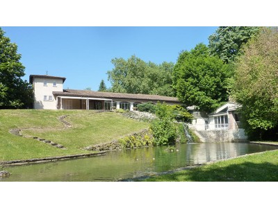 独户住宅 for sales at PEROUGES - PROPRIETE D'EXCEPTION DE 3000 M² DANS PARC DE 2 HA  Other Rhone-Alpes, 罗纳阿尔卑斯 01800 法国