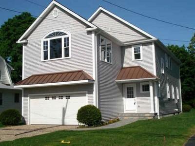 Maison unifamiliale for sales at 252 3rd Avenue  Stratford, Connecticut 06615 États-Unis