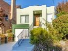 Частный односемейный дом for  sales at Sweet Bungalow 617 Santa Fe Avenue Albany, Калифорния 94706 Соединенные Штаты