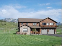 Einfamilienhaus for sales at Custom Home In Salt River Cove 279 Willow Lake Drive   Alpine, Wyoming 83128 Vereinigte Staaten