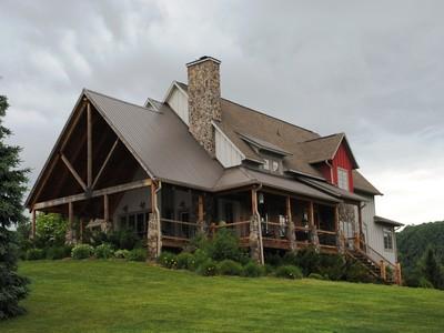 Casa para uma família for sales at Village On The New 236 Village On The New Jefferson, Carolina Do Norte 28640 Estados Unidos