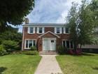 タウンハウス for  sales at Pristine, Sunny Two Bedroom Townhouse! 709 Asbury Avenue   Evanston, イリノイ 60202 アメリカ合衆国