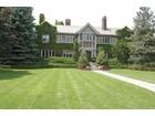 단독 가정 주택 for  sales at Turn of the Century Mansion 12 Ravenscliffe Avenue   Hamilton, 온타리오주 L8P3M4 캐나다