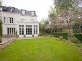 Property Of Private Mansion with swimming pool- Saint James