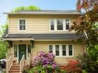 Casa Unifamiliar for sales at Charm and Amenities 565 Upper Mountain Avenue Montclair, Nueva Jersey 07043 Estados Unidos