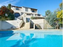 Casa Unifamiliar for sales at Super Cannes - Private estate - luxury renovated villa with sea view  Cannes, Provincia - Alpes - Costa Azul 06400 Francia
