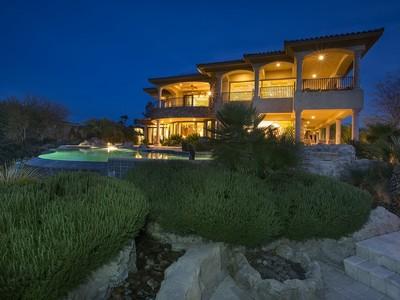 Casa para uma família for sales at 9 Via Ravenna Ct  Henderson, Nevada 89011 Estados Unidos
