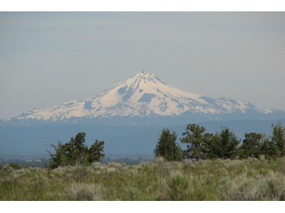 Terreno for sales at Awesome Acreage with Cascade Views 13111 SW Umbarger Road   Powell Butte, Oregon 97753 Estados Unidos
