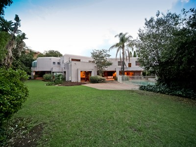 Einfamilienhaus for sales at Oxford Avenue  Johannesburg, Gauteng 2196 Südafrika