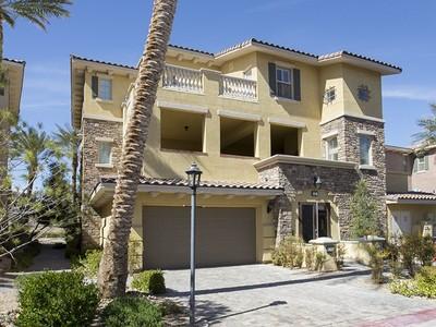 Kat Mülkiyeti for sales at 25 Luce del Sole #3  Henderson, Nevada 89011 Amerika Birleşik Devletleri