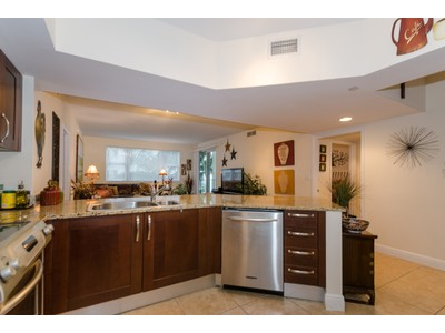 Condominium for sales at Turnberry Village #318 19900 E Country Club Dr. #318 Aventura, Florida 33180 United States