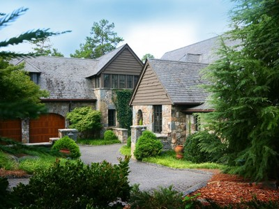 Einfamilienhaus for sales at Quite Simply - The Best 124 Wood Sage Court S21 Sunset, South Carolina 29685 Vereinigte Staaten