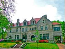 Maison unifamiliale for sales at 40 Portland Place    St. Louis, Missouri 63108 États-Unis