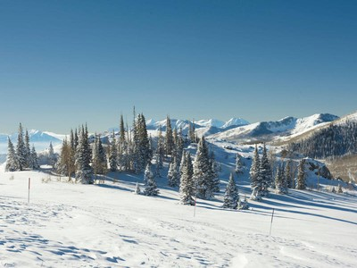 Terrain for sales at Deer Valley's Best Ski In / Ski Out Home-site Community 68 Red Cloud Trl Lot 19 Park City, Utah 84060 États-Unis